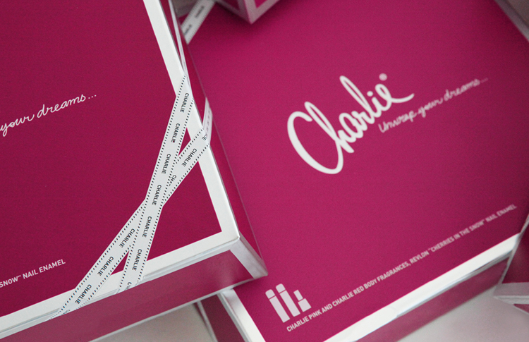 charlie-pink-perfume-scent