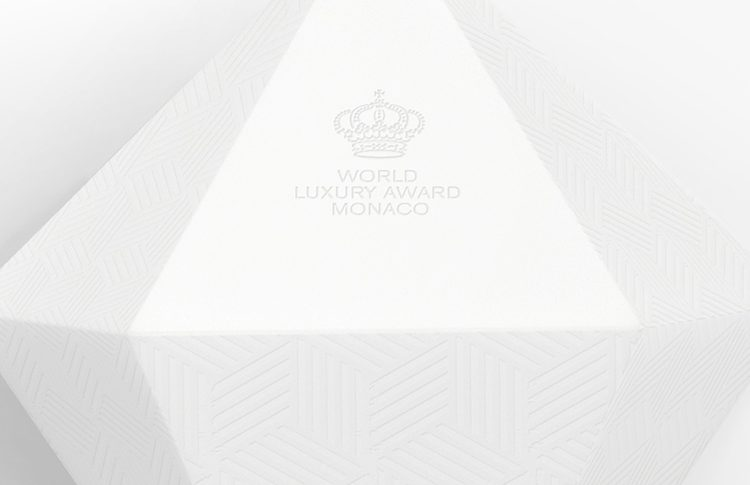 world-luxury-awards-trophy